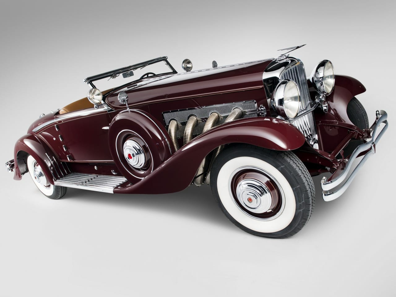 1935-Duesenberg-J-Convertible-Coupe-by-Walker-LaGrande