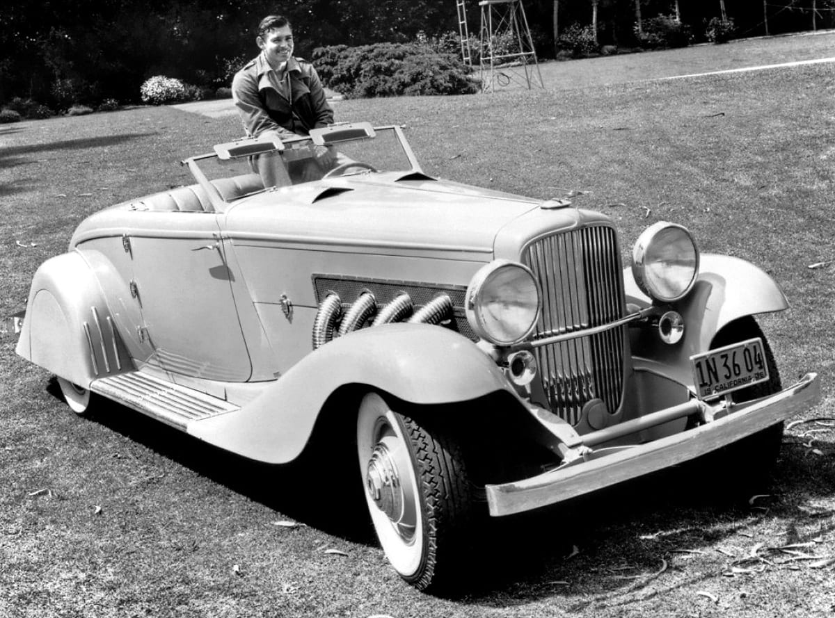 Clark Gable y su Duesenberg de 1936